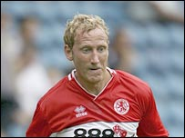 Former England midfielder Ray Parlour has joined Hull