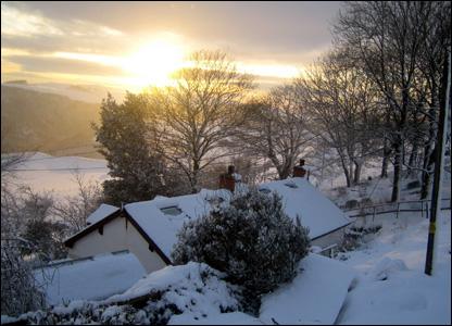 Ceredigion snow scene. Photo: Marilyn Cameron