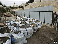 Preparation work for the building of a new bridge in East Jerusalem