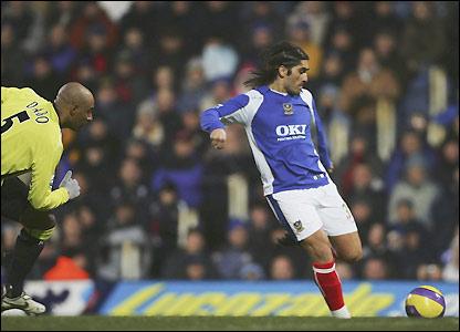 Pedro Mendes prepares to unleash his shot