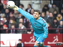 Hearts goalkeeper Steve Banks