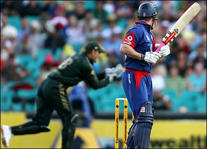 Andrew Strauss is caught by Adam Gilchrist