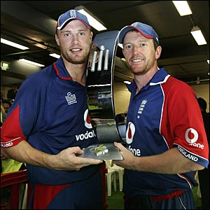 Andrew Flintoff and Paul Collingwood display the series trophy