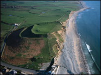 Dinas Dinlle, Gwynedd � Crown copyright: Royal Commission on the ancient and Historical Monuments of Wales