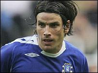 Everton full-back Nuno Valente