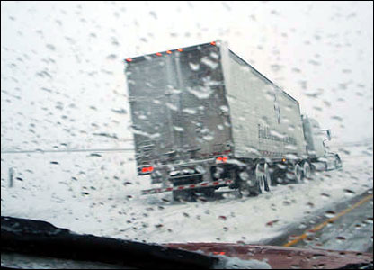 A lorry slides off Interstate 57 in Illinois: photo from 'Richie'