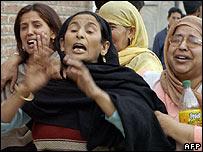 Grieving Kashmir women