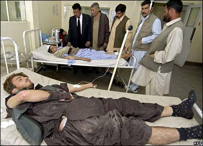 Officials visit the injured in hospital