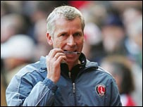 Charlton manager Alan Pardew