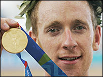 Bradley Wiggins celebrates winning gold in the 2004 Olympics