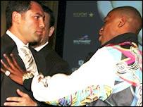 Oscar De La Hoya and Floyd Mayweather