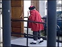 Dorothy Evans entering the court