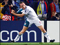 Craig Bellamy celebrates his equaliser against Barcelona