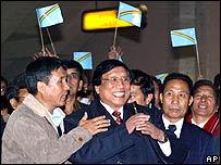 NCSN General Secretary Thuingaleng Muivah (centre)