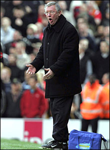 Alex Ferguson shouts from the touch-line