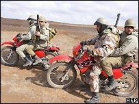 Iranian Revolutionary Guards on manoeuvres - 20/2/2007