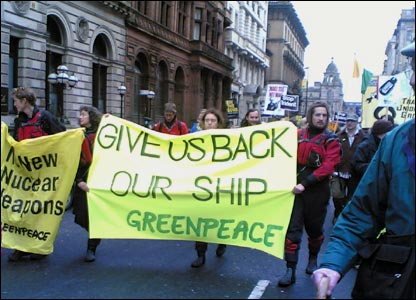 Clare Montgomery took photo of Greenpeace's banner at the Glasgow march