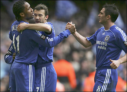 Drogba celebrates with Andriy Shevchenko and Frank Lampard