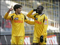 Joetex Frimpong (right) and Marcos Dos Santos