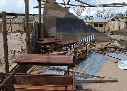 Remains of a school in Vilanculos, Mozambique after Cyclone Favio [Pic: Francois Goemans for the European Commission Humanitarian Aid Dept (ECHO)]