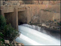 Outflow at Kajaki dam
