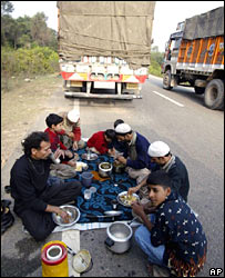 Stranded on Jammu-Kashmir highway