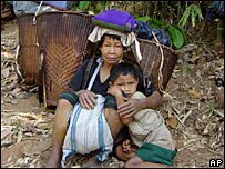 Karen civilians forced to flee their homes in Burma ( image by Free Burma Rangers)