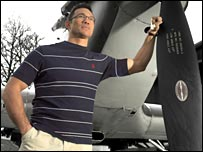 Tony Underwood is backing a new RAF clothing range which benefits the RAF Museum.