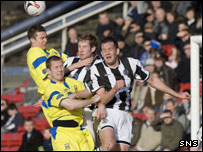 Nish (left) and Frazer Wright gave St Mirren a busy afternoon