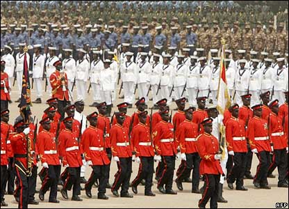 Parading Ghanaian soldiers