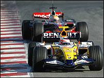 Heikki Kovalainen leads Lewis' Hamilton's McLaren in pre-season testing