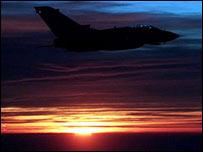 Avión tornado de la fuerza aérea británica en la primera Guerra del Golfo