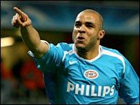 PSV's Alex celebrates his goal