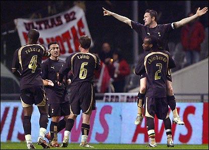 Spurs celebrate Robbie Keane's goal