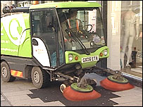 Cleaning vehicle