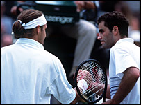 Roger Federer and Pete Sampras at Wimbledon in 2001