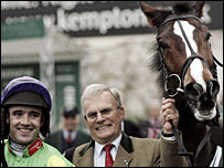 Ruby Walsh, Clive Smith and Kauto Star