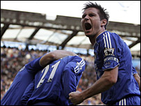 Chelsea celebrate their late equaliser against Tottenham
