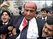 Lawyer injured in Lahore clashes