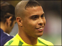 http://newsimg.bbc.co.uk/media/images/42671000/jpg/_42671855_hairronaldo203.jpg