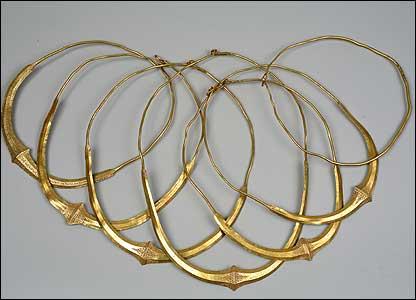 Gold Merovingian necklaces (Pushkin Museum)