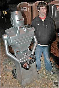 David Cromer and Thereminbot