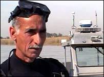 Baghdad police diver, Abd Kadhem