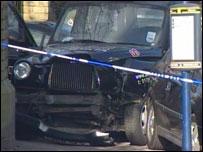 The black Hackney cab
