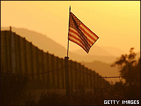 Muro entre México y EE.UU.