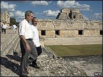George W. Bush y Felipe Calderón