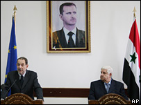 Mr Solana and Syrian Foreign Minister Walid Muallim hold a joint news conference