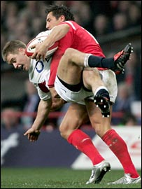 Gavin Henson tackles Mathew Tait
