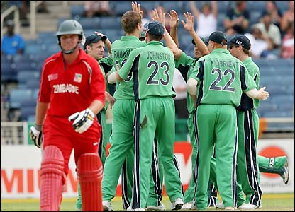 Ireland celebrate as Duffin returns to the dressing room