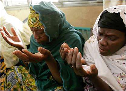 Malian Women Praying